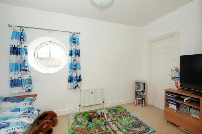 Picture No.17 of Newhall Grange, Carr, Rotherham, South Yorkshire S66
