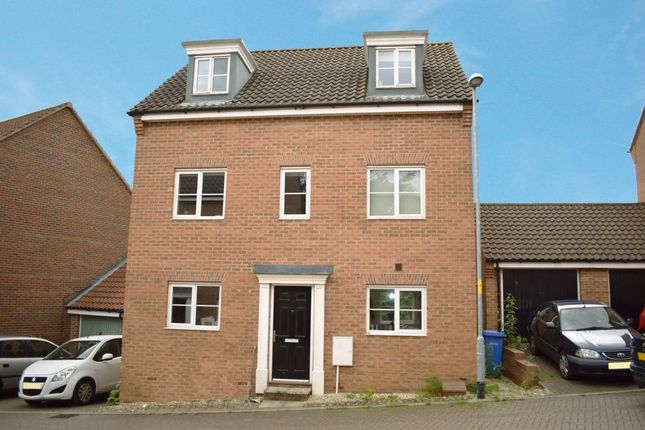 Thumbnail Property to rent in Attoe Walk, Norwich