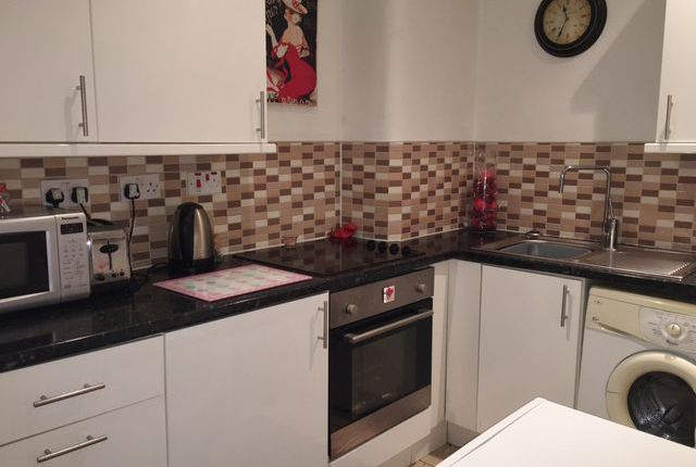 Thumbnail Flat to rent in Apsley Street, Partick, Glasgow, Lanarkshire