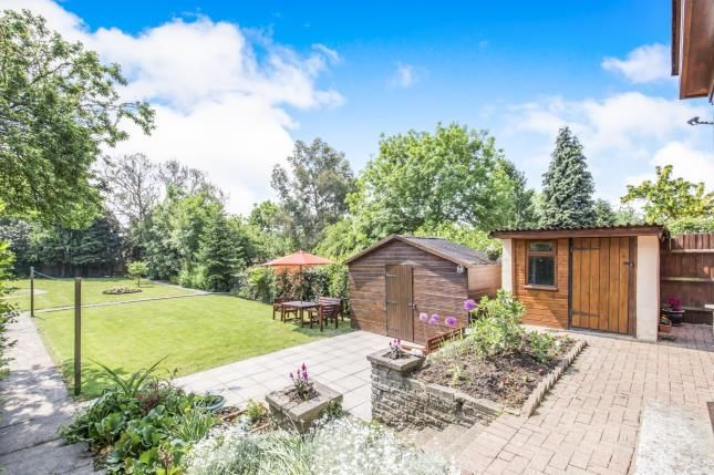Thumbnail Detached house for sale in Knighton Lane East, Leicester, Leicestershire