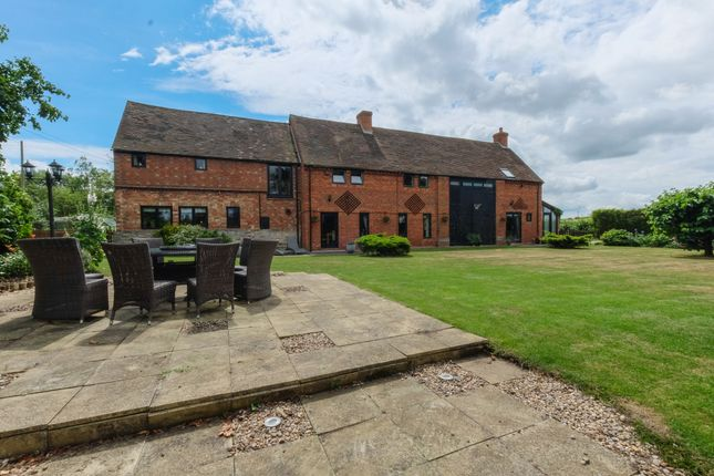 Thumbnail Farmhouse for sale in Pebworth, Stratford-Upon-Avon