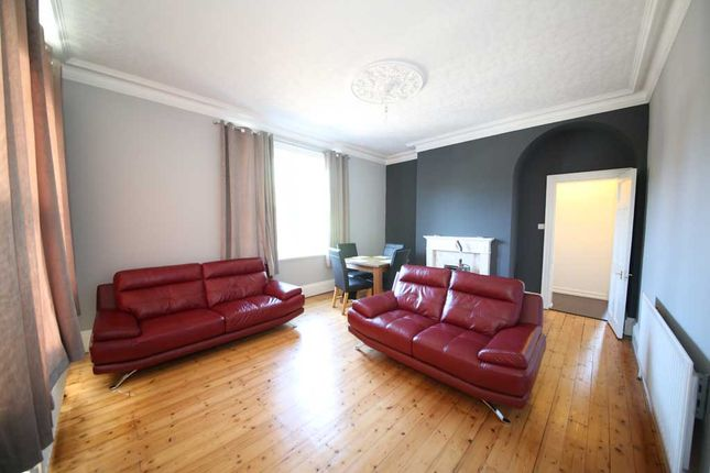 Thumbnail Flat to rent in Blackwood House, Shadwell Lane, Alwoodley, Leeds