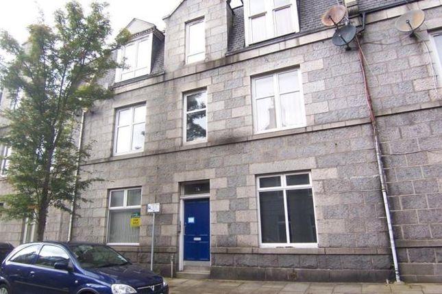 Thumbnail Flat to rent in Wallfield Crescent, Aberdeen