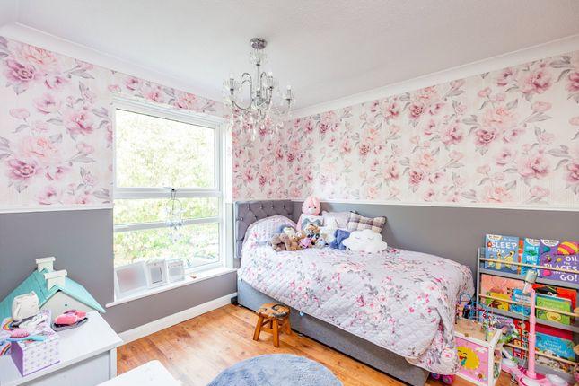 Bedroom of Caling Croft, New Ash Green, Longfield DA3