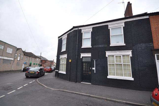Thumbnail Land to rent in Vernon Terrace, Victoria Street, Burton-On-Trent