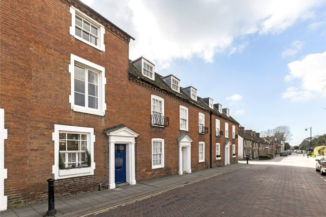 Thumbnail Terraced house for sale in Westgate, Chichester, West Sussex