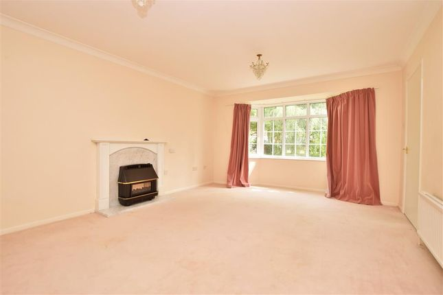 Thumbnail Detached house for sale in Clays Close, East Grinstead, West Sussex