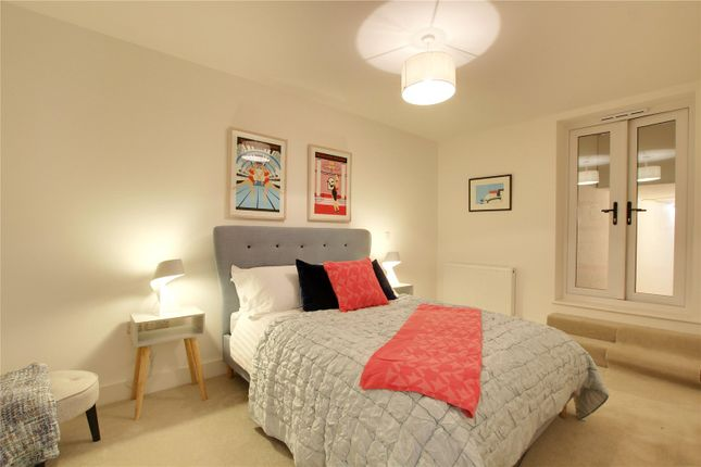 Picture No. 18 of Apartment 1, 3 Lennox Road, Worthing, West Sussex BN11