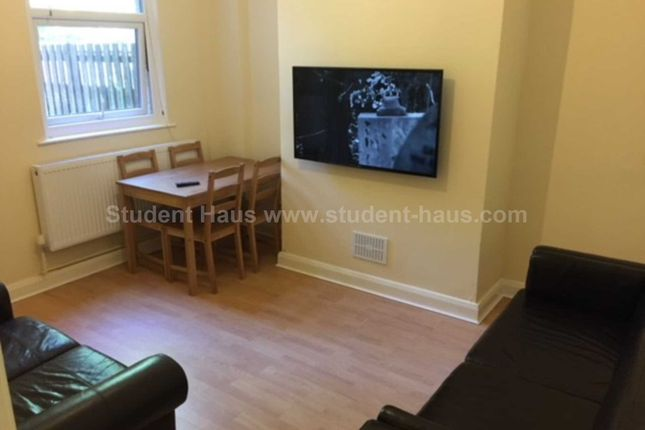 Thumbnail Property to rent in Coronation Street, Salford