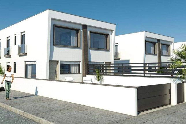 2 bed chalet for sale in Alicante, Spain