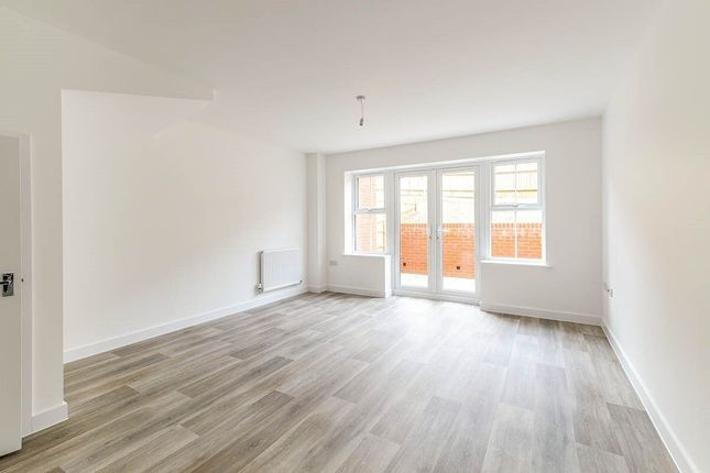 Thumbnail Terraced house to rent in Shanklin Close, Walderslade, Chatham