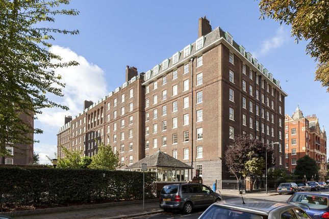 3 bed flat to rent in Rivermead Court, Ranelagh Gardens, Fulham, London SW6