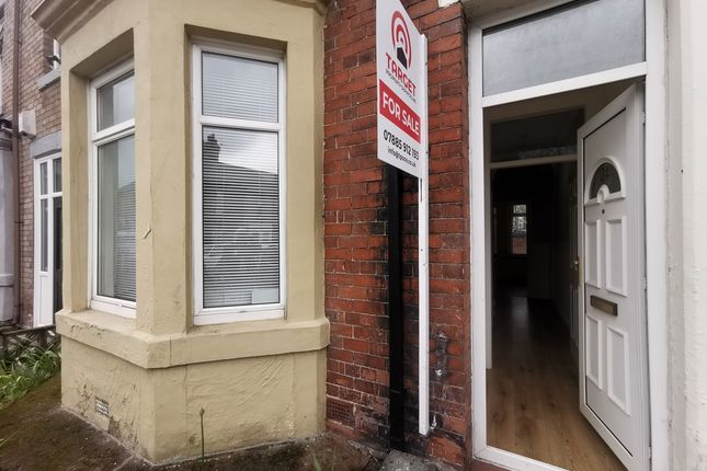 2 bed flat for sale in 124 Dunston Road, Dunston, Newcastle Upon Tyne NE11