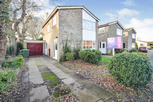 3 bed semi-detached house to rent in St Laurence Avenue, Brundall NR13