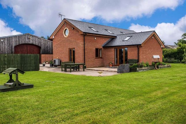 Thumbnail Barn conversion for sale in Catterall Lane, Catterall, Preston