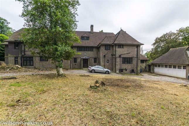 Thumbnail Detached house for sale in Mount Park Rd, Harrow On The Hill, Middlesex