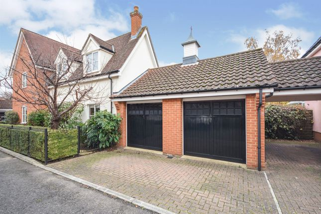 Thumbnail Detached house for sale in Tapley Road, Newlands Spring, Chelmsford