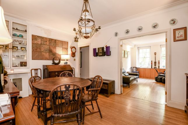 2 bed flat for sale in Portman Square, Marylebone, London