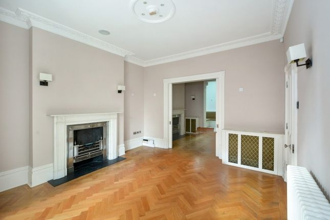 Thumbnail Property to rent in Lower Belgrave Street, Belgravia