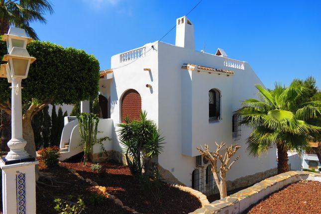 Villa for sale in Calle Manuel De Falla, Orihuela Costa, Alicante, Valencia, Spain