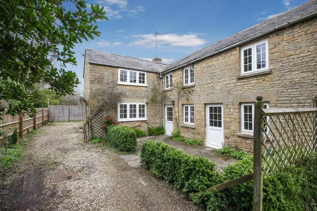 Thumbnail Cottage to rent in Shipton Road, Milton-Under-Wychwood, Chipping Norton