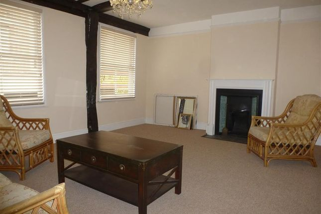 Thumbnail Maisonette to rent in Parkholme Terrace, High Street, Lowestoft