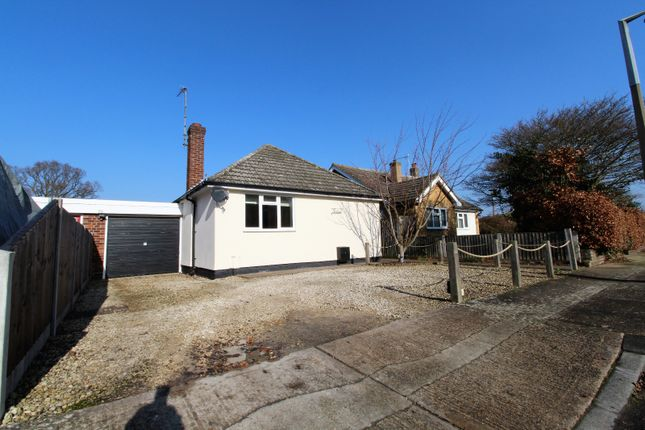 Thumbnail Bungalow to rent in Burns Avenue, Colchester