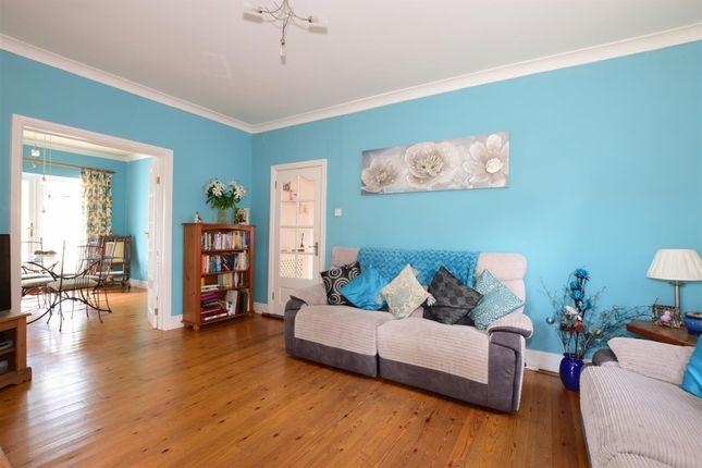 Thumbnail Bungalow to rent in Salterns Lane, Hayling Island