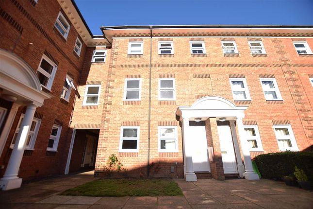 Thumbnail Maisonette for sale in Ashburnham Road, Bedford