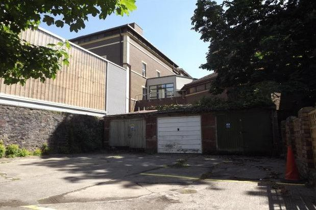 Thumbnail Property to rent in Tyndalls Park Road, Bristol