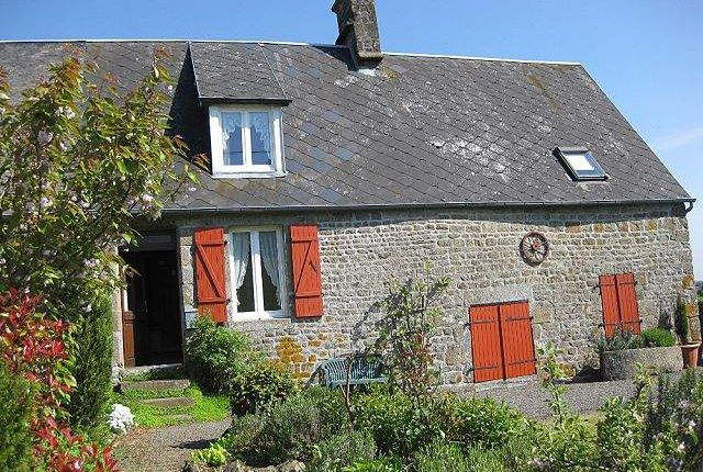 3 bed country house for sale in 50150 Chaulieu, France