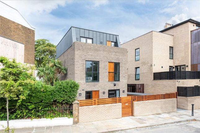 Thumbnail Property for sale in St Pauls Crescent, London