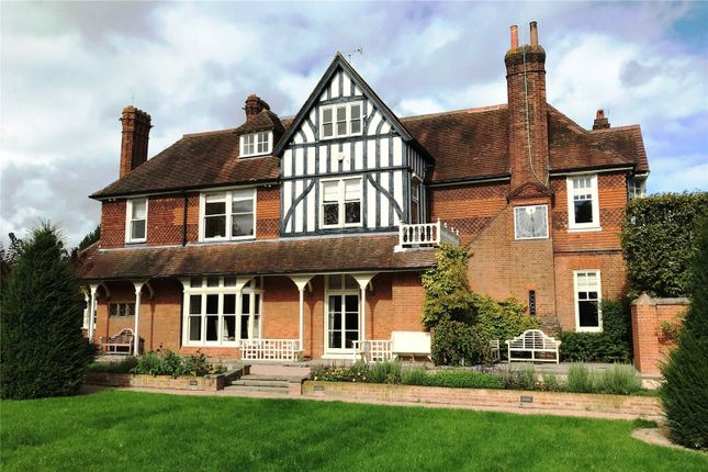 Thumbnail Detached house to rent in Manor Park, Chislehurst, Kent