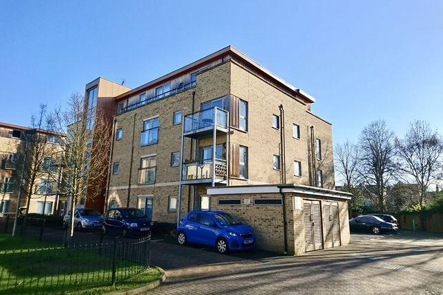 Thumbnail Flat for sale in Southcott Road, Teddington
