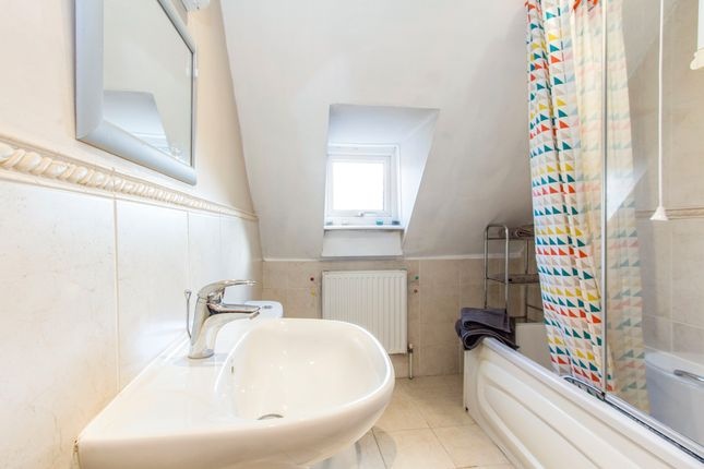 Thumbnail Flat to rent in Studland Road, Westbourne, Bournemouth