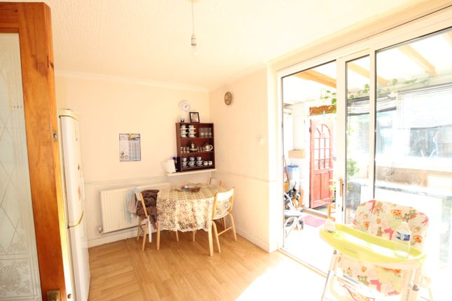 Thumbnail Terraced house for sale in Oaklands Avenue, London