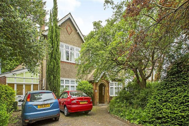 Thumbnail Flat to rent in Clarence Avenue, London