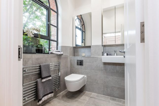 Bathoom of The Old Bank, Hare Lane, Claygate KT10
