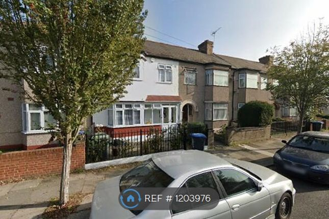 Thumbnail Semi-detached house to rent in Bridlington Road, London