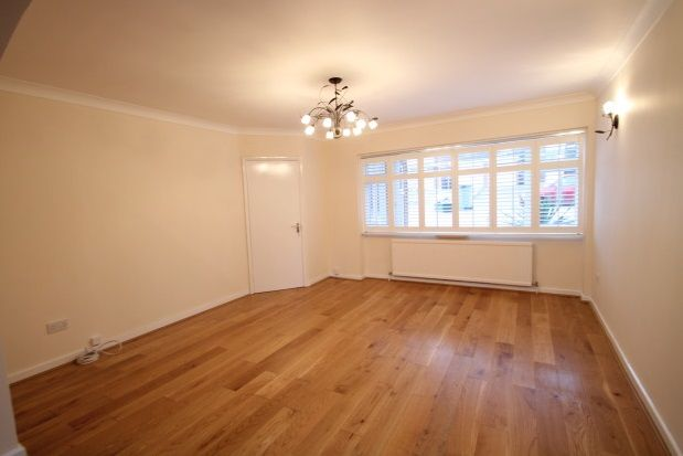 Thumbnail Property to rent in Tall Elms Close, Bromley