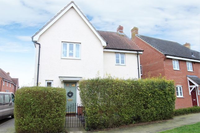 Thumbnail Detached house for sale in Kings Road, Bungay