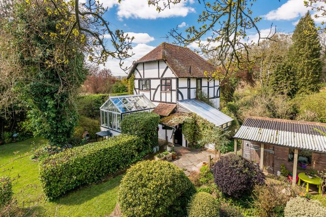 Thumbnail Cottage for sale in Hurlands Lane, Dunsfold, Godalming