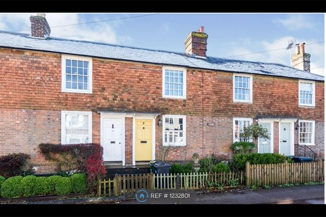 2 bed terraced house to rent in Hazelwood Cottages, Ticehurst, Wadhurst TN5