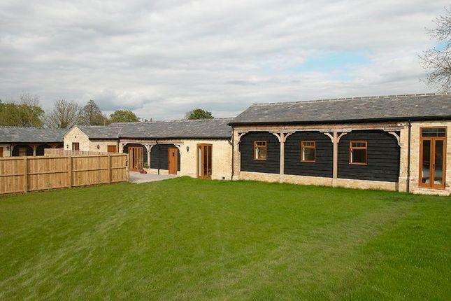 Thumbnail Barn conversion to rent in Warboys Road, Old Hurst, Huntingdon, Cambridgeshire