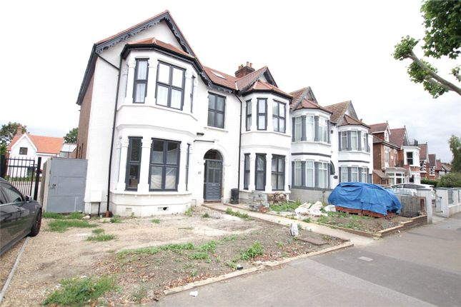 Thumbnail Flat to rent in Aldersbrook Road, Wanstead, London