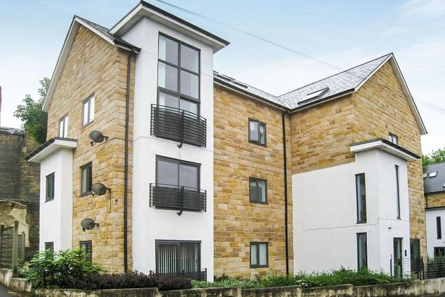 Thumbnail Flat to rent in Troy Road, Morley, Leeds