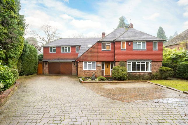 Thumbnail Detached house for sale in Church Road, Fleet