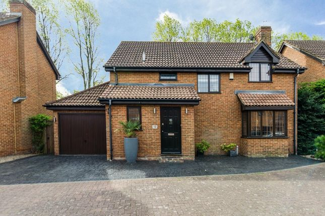 Thumbnail Detached house for sale in Cleeve Park Gardens, Sidcup