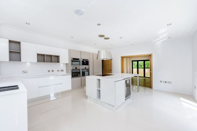 Thumbnail Detached house to rent in Sandy Lane, Bushey