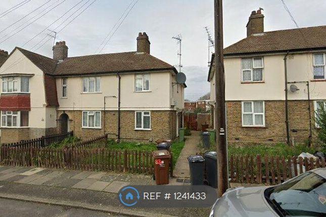 Thumbnail Flat to rent in Lambourne Road, Barking